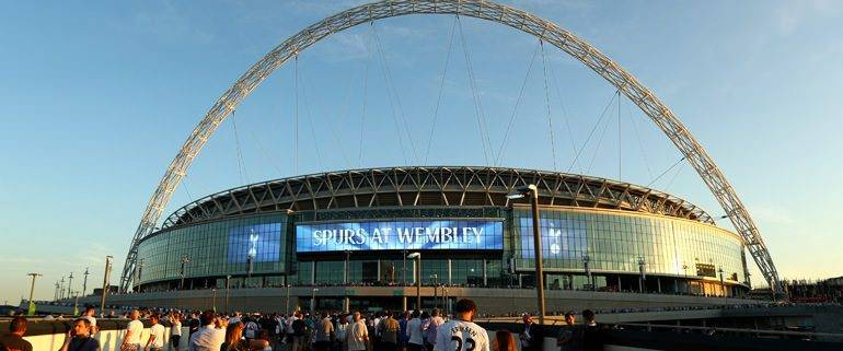 Spurs fans at wembley - hospitality tickets and travel